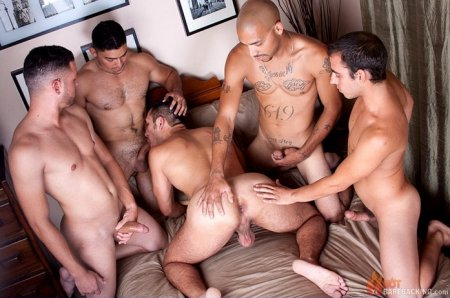 Michael, Dorian, Leo, Miguel And Diego 2015-12-11