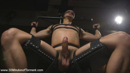 Hung stud Nate Grimes - The Pit - The Chair - The Gimp Room 2017-06-02
