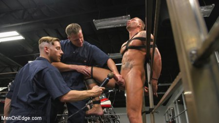 Motorcycle Mechanic Stud Gets His Road Hard Hog Ridden to the Edge 2017-07-18
