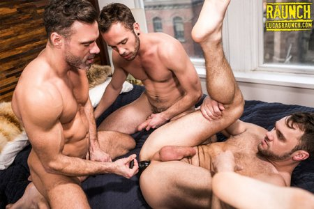 Manuel Skye & Drake Rogers Stretch Blaze Austin's Ass With A Sex Toy 2018-07-24