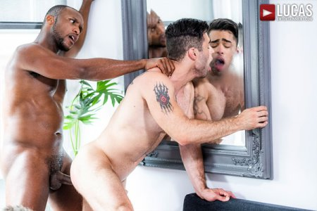 Lucas Leon Rides Andre Donovan's Raw Black Cock 2018-12-10