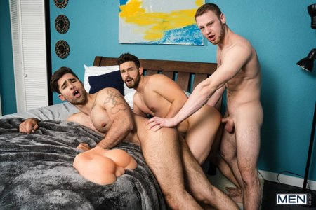 Ass Swap Part 4: Bareback - Brandon Evans, Casey Jacks & Lucas Leon 2018-12-30