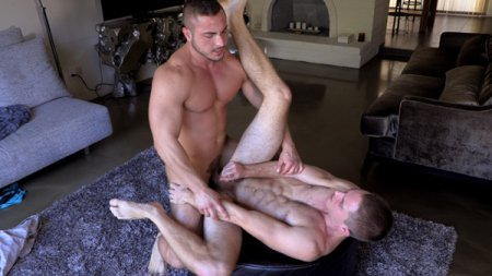 George Gomez Makes His Hardcore Gay Sex Debut With Logan Piper 2019-01-18