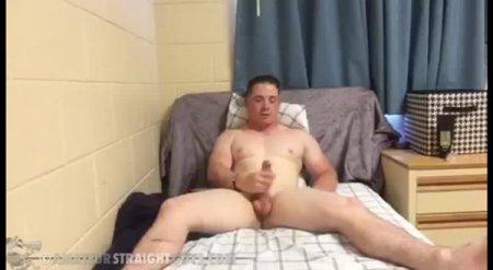 Military Maverick in the Barracks 2019-01-20