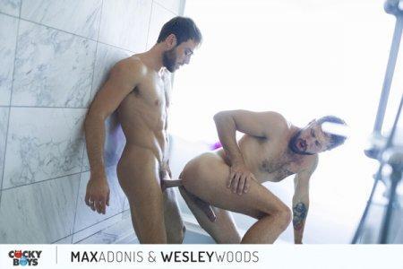 Max Adonis & Wesley Woods RAW 2019-05-07
