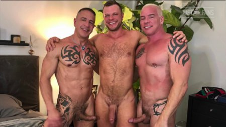 JustForFans - Wade Wolfgar with Ryan Carter & Digger