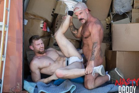Daddies Packing - Jack Dyer & Jacob Peterson 2019-05-28