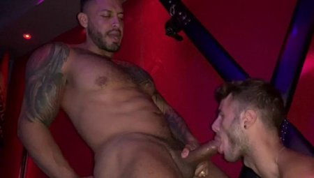 Sex in the Dark House Verona - Viktor Rom & Allen King 2019-10-30