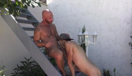 Aymeric gets sucked in Jess House by a guy Part 2 2020-01-01