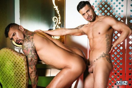 Latin Men Part 1: Bareback - Boomer Banks & Alexander Savage 2020-01-13