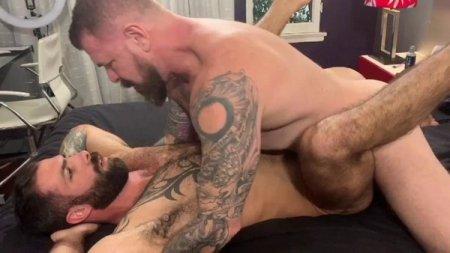 Rocco Steele breeds Jake Nicola! 2020-01-30