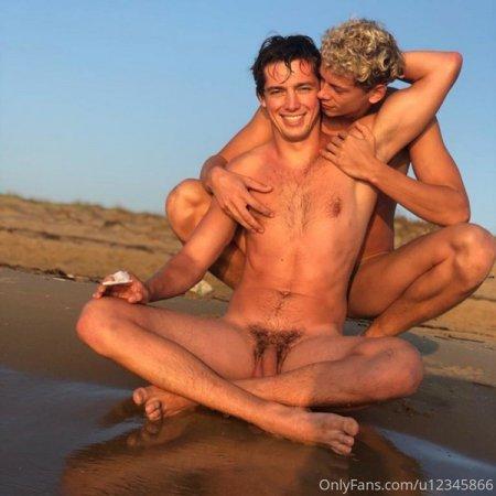 OnlyFans - Helmut & Jerome (jeromeandfriends)
