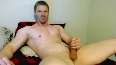Patrick, straight male shows his huge dick on cam 2020-03-30