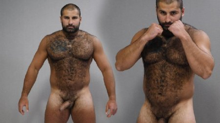 Naked Russian Bear - Andrei 2020-04-16
