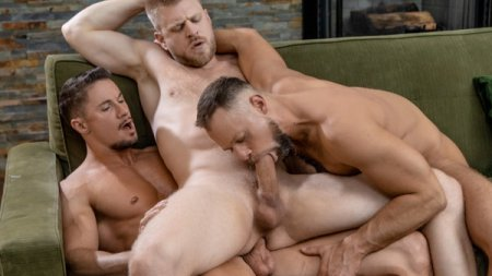 Uncles 3 way - Skyy Knox, Zayne Roman & Logan Stevens 2020-10-08
