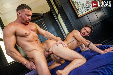 Manuel Reyes Opens Up His Butt For Tomas Brand 2021-04-02