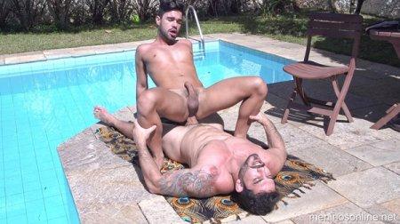 Diego Mineiro & Doni - Bareback (Sex in the Pool) 2021-04-15
