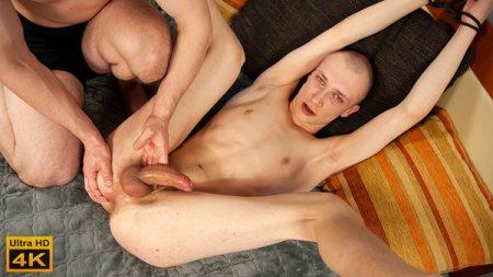 Martin Vcelak - MILKING MEN 2021-07-13
